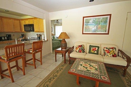 Castle at Princeville : Living Room