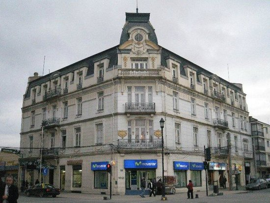 Plaza Munoz Gamero: Buen hotel, enfrente de la plaza muñoz gamero