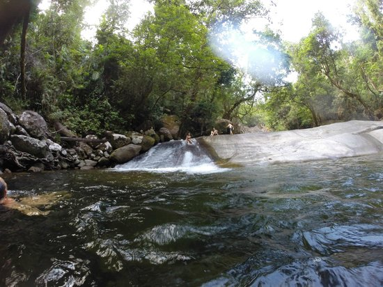 Barefoot Tours : Waterslide!