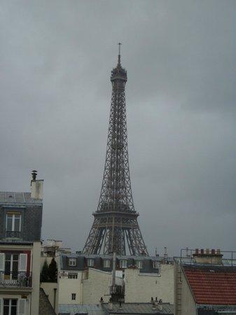 Hotel Jardins d'Eiffel: Day View