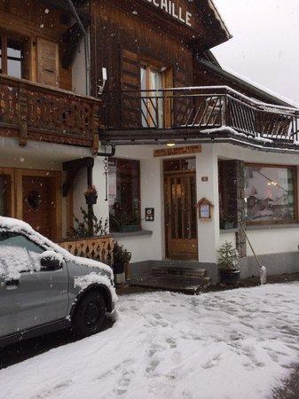Hotel Le Grand Tetras : Александр