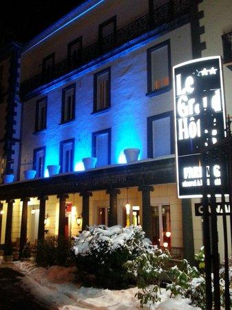 Grand Hôtel Le Mont Dore : Extérieur du grand hotel