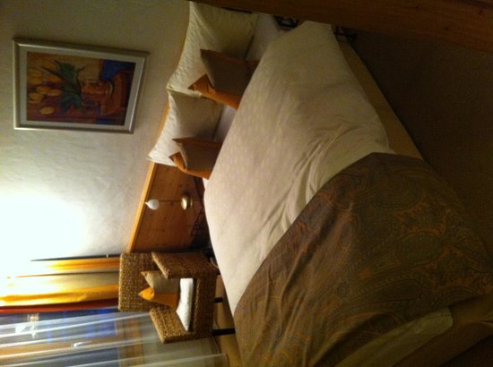 Gstaaderhof Swiss Quality Hotel: La chambre