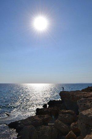 Sea Caves: Нереальное солнце