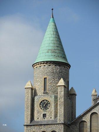 Sint-Lambertuskerk: Een van de torens .