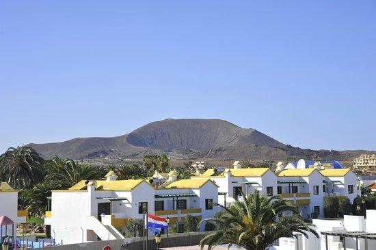 Barcelo Corralejo Bay: vue sur le volcan