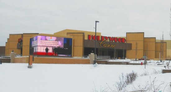 Hollywood Casino Columbus: The front of the Hollywood, Columbus