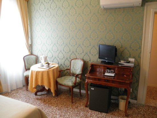 Al Palazzetto: Classic, cozy room