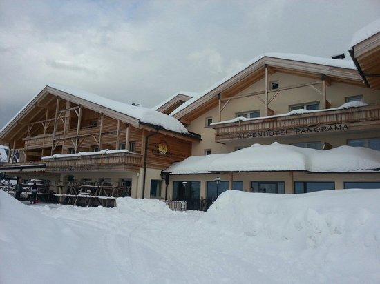 Alpenhotel Panorama: Entrata albergo