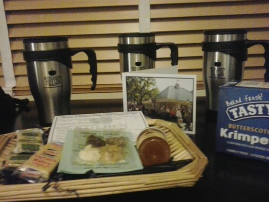 Inn at Kitchen Kettle Village: Goodies