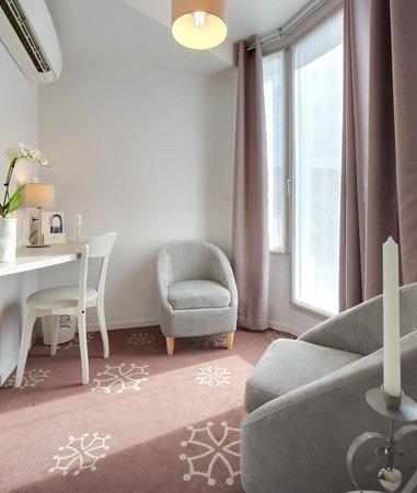 Hotel Ours Blanc Wilson: salon suite wilson