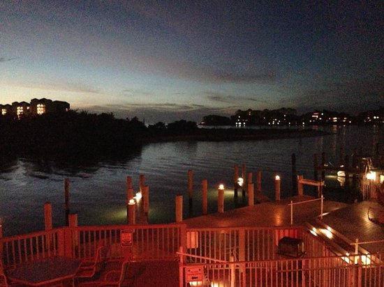 The Boat House Motel: Another Boat House View