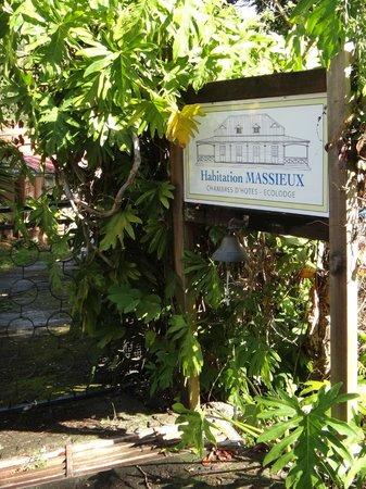 L'Habitation Massieux: l'entrée du site
