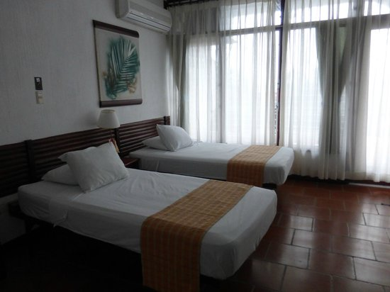 Hotel Villa Caribe : Our room