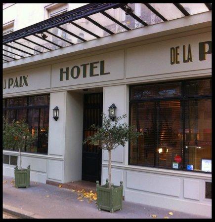 Hotel De La Paix Montparnasse: fachada