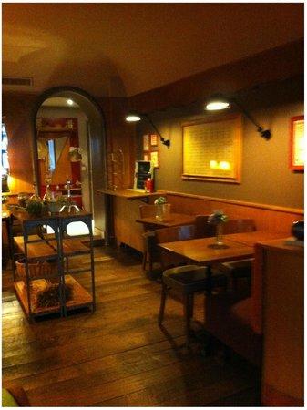 Hotel De La Paix Montparnasse: área do café da manhã