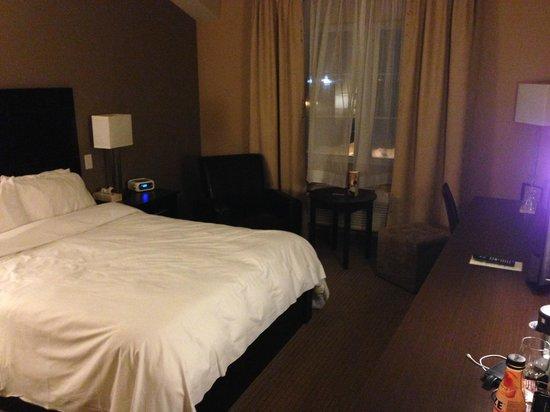 Impéria Hôtel & Suites : small room, but comfortable