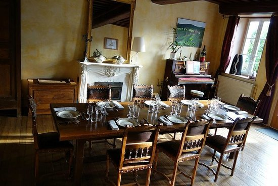 Girolles les forges : Dining Room