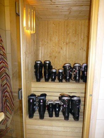 Overbyn, Suecia: Hovfjällstoppens Stugby, stuga 1, fam. pjäxa bastar