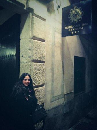 Hotel Casa 1800 Granada: Entrada triunfal