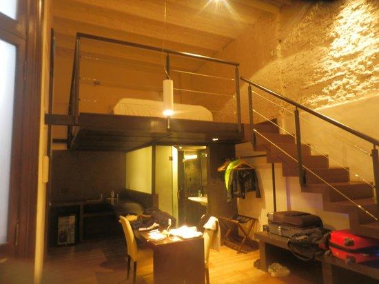Sagardi Loft Osteria : chambre spacieuse et comfortable