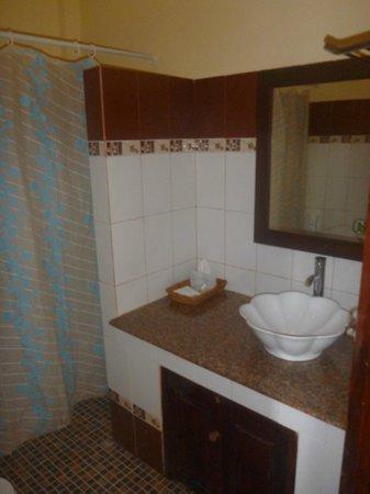 Namsok Hotel: Salle de bain