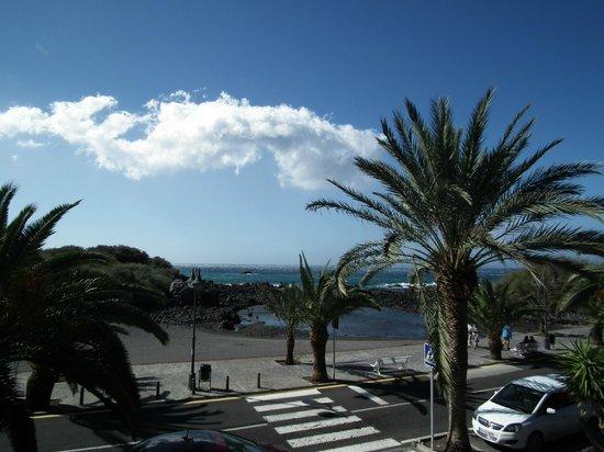 Baja del Secreto Apartamentos: A view from the 2 floor hall