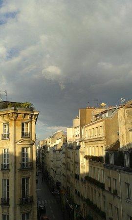 Hotel Le Petit Trianon: à balcon