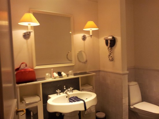 ProfilHotels Copenhagen Plaza : bathroom