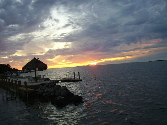 Rock Reef Resort: Sunset