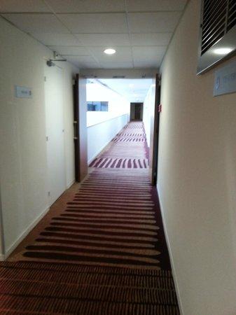 Hotel Mercure de Blois Centre : Couloir hôtel