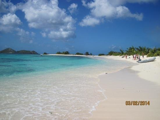 Sandy Island: White Sand beach