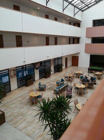 Hotel Mercure de Blois Centre : Espace Bar + Piscine