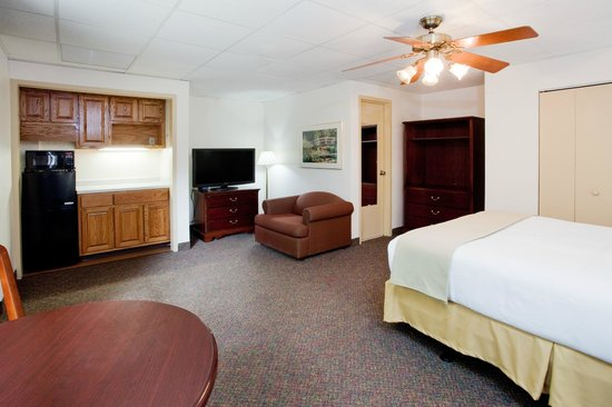 Ihg Army Hotels On Fort Bragg Forrestal Hall Delmont House Guest