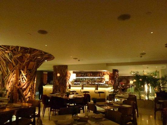 New Hotel: dining room