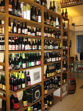 Delices and Caprices : Great choice of bottles - lots of new & rare