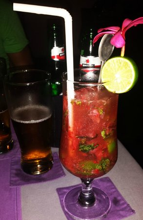 Kayu Manis: StrawberryMojito
