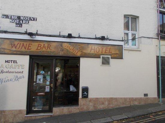 La Gaffe : Side entrance