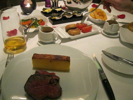 Rhodes Twenty10: main course - steak