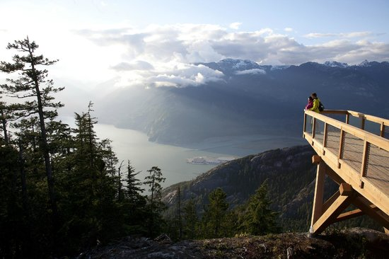 Sea to Sky Gondola: The Chief Overlook Viewing Platform
