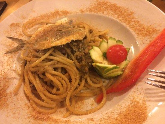Trattoria Biondo: Paste con le sarde
