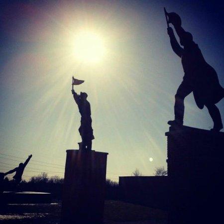 Memento Park: Algunas estatuas impresionan bastante