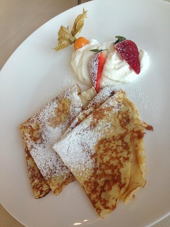 Kempinski Hotel Cathedral Square: The best pancakes.