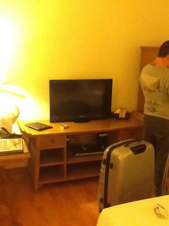 Silom Serene: Room..same pic i Know lol