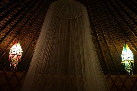 Ganesha Kampot Eco Guesthouse and More : room decor