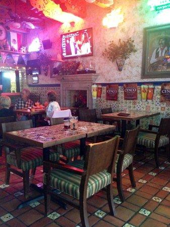 Rancho de Tia Rosa: Bar area