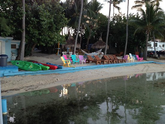 Seafarer Resort and Beach: great spot to relax by the water