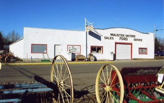 ​Big Valley Historical Society: Our main museum--1930's North Star garage