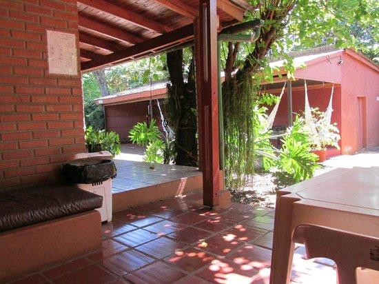 Marcopolo Inn Iguazu : vista desde la cocina comedor