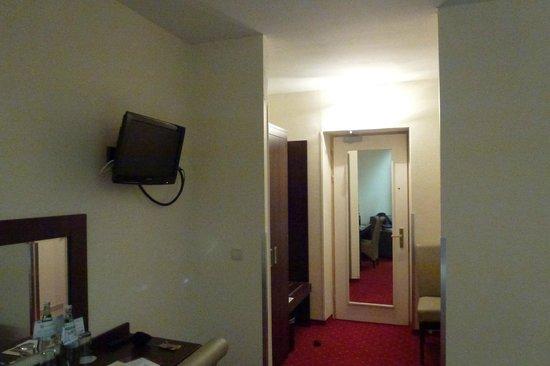 Novum Hotel Graf Moltke Hamburg: room pic 2